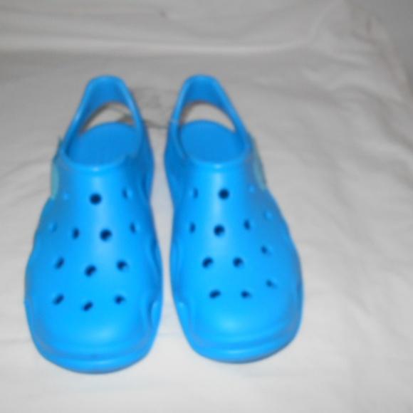 d3b03cce8564 Crocs Junior Size 3 Swiftwater Wave Ocean Blue